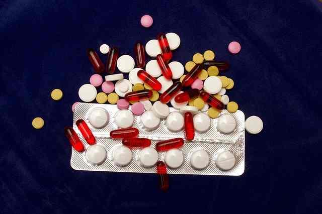 pills-2333023